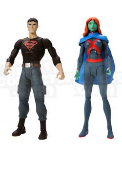 <strong><em>Miss Martian</em></strong> and <strong><em>Superboy</em></strong> Figures
