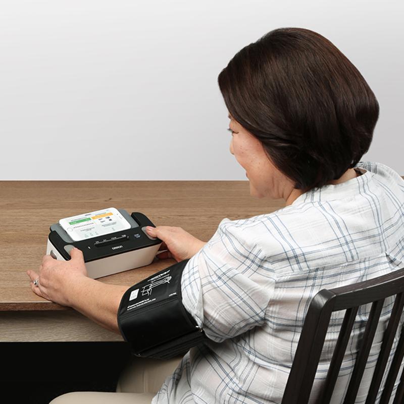 Complete™ Wireless Upper Arm Blood Pressure Monitor + EKG view 4