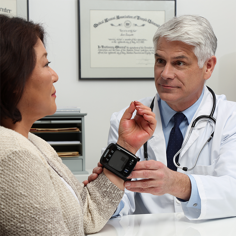 7 Series® Wireless Wrist Blood Pressure Monitor view 5